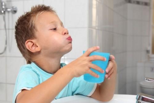 лечение стоматита содой
